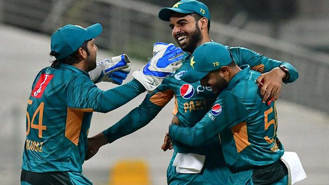 Pakistan beat New Zealand in first T20