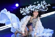 Victoria's Secret Angel Wipes Out on The Runway — Then Recovers Flawlessly Thanks to a Friend