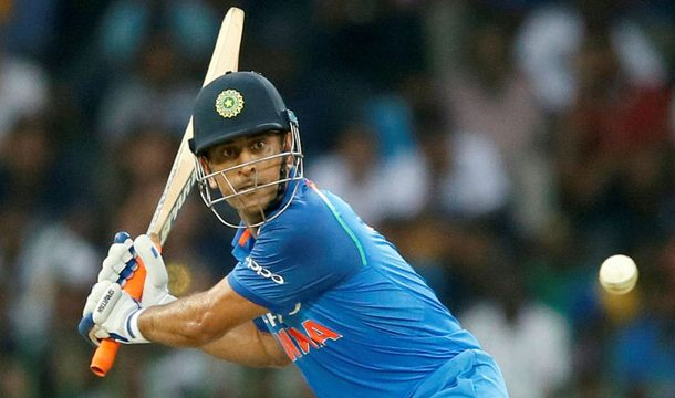 Dhoni Reveals Why he Promoted Himself in World Cup Final