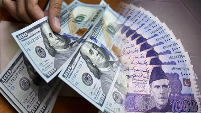 US Dollar Hits Historic High at 144 Against Pakistani Rupee