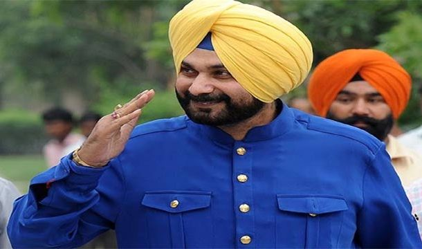 Sidhu Arrives in Pakistan for KBC Ceremony