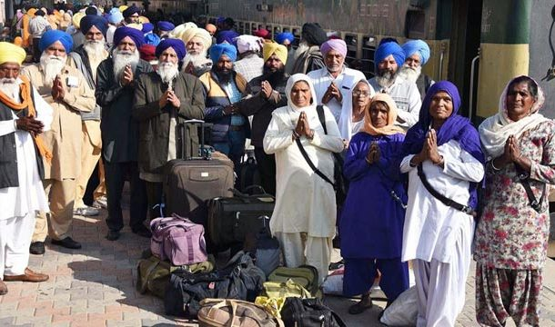 Sikh Pilgrims Arrive in Pakistan to Mark 'Gurunanak Gurpurab'