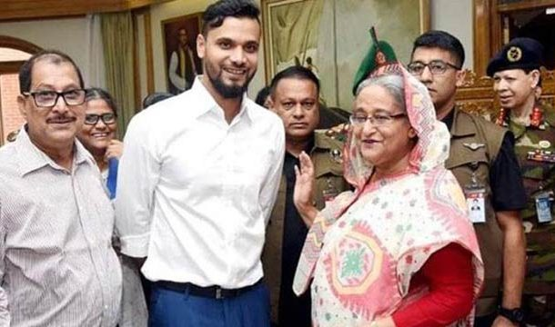 Cricketer Mashrafe Mortaza Registered Landslide Victory in General Elections