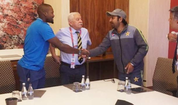 Sarfraz Extends Apology to Phehlukwayo