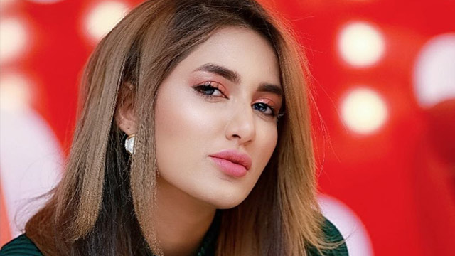 Mathira Opens Up About Being Divorced