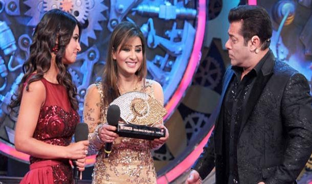 Why Former Bigg Boss Winner Quits Twitter ?