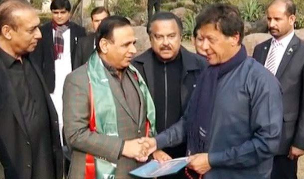 Musharraf's Former Close Aide Joins PTI
