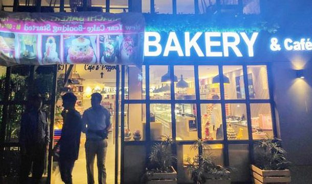 India: Protesters Forced to Cover Name Board of 'Karachi Bakery'