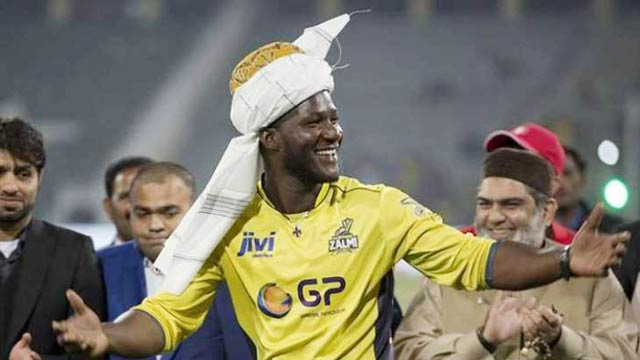 Daren Sammy Arrives in Pakistan