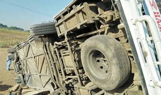 Badin: 7 Dead, Several Injured in Bus Accident