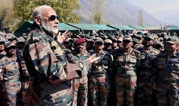 Ex- Indian Army Chiefs Raise Voice Against 'Politicisation of Armed Forces'