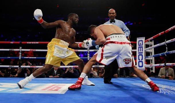 Terence Crawford Beats Amir Khan to Retain WBO Championship