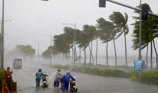 3 Killed as 'Cyclone Fani' Hits Eastern India