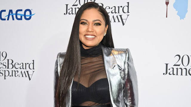 Ayesha Curry Clapped Back At The 'Stay In The Kitchen' Troll