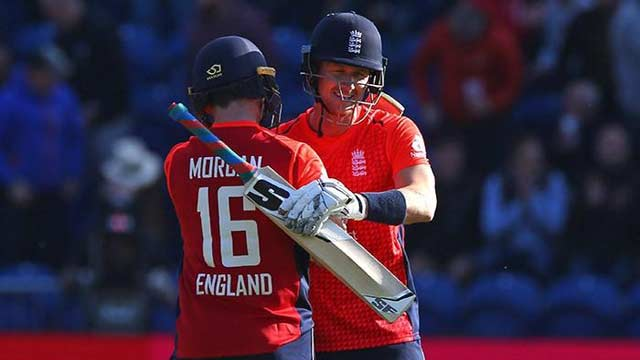 England Crushed Pakistan in T20 International