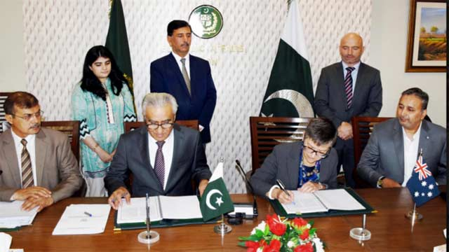 Pakistan, Australia Agreed to Develop Pulses' Production