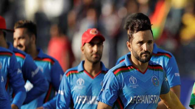 Afghan WC Cricketers in Restaurant Row