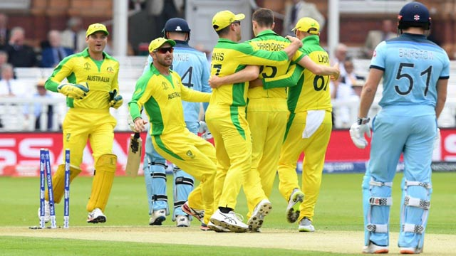 England Under Pressure as Australia Qualifies For WC Semi-Final