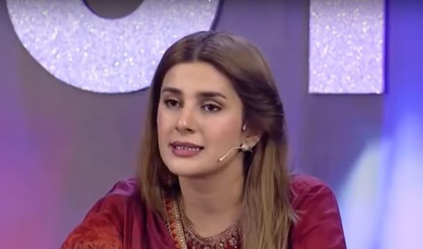 "A Young Contestant At The Show ""Pakistan Star"" Snapped Back at Kubra Khan For Not Being Sensitive Enough"