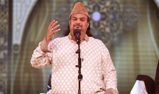 Amjad Sabri Continues to Reign Over Hearts