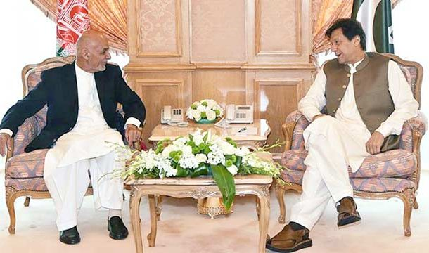 PM Imran Khan Holds Rare Bilateral Meeting With Afghan President
