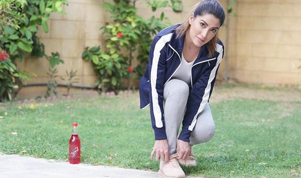 Mehwish Hayat Nails the Bottle Cap Challenge Like a Boss, and A Lot of us Can Smell Something Burning in the Air