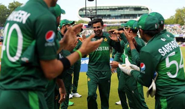 Shoaib Malik Bids Farewell to ODI Cricket