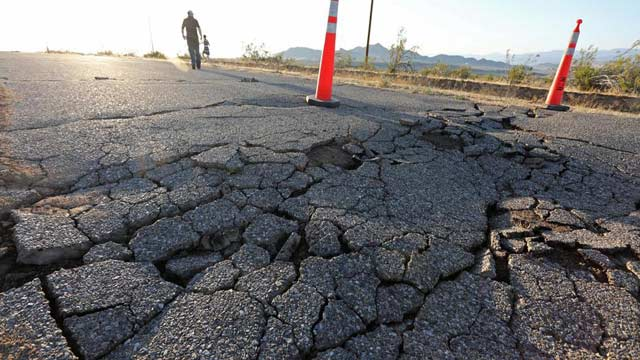 Another Powerful  Earthquake Rattles South California