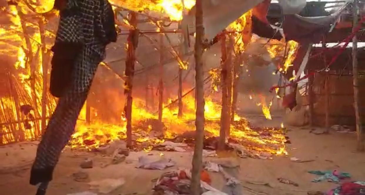 Heavy Fire Destroys More Than 70 Shops in Sadiqabad