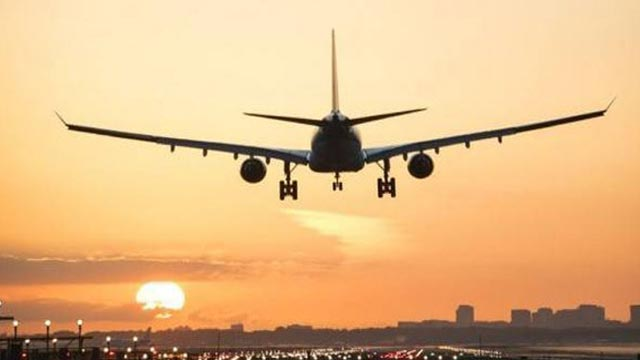 Saudi Arabia Bans Flights from India, Exempts Pakistan