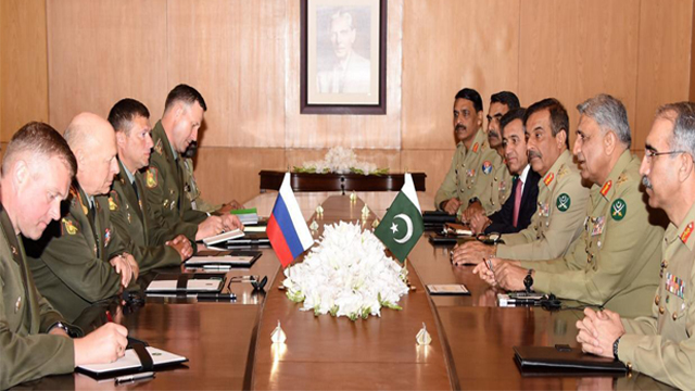 Russian Army General Oleg Salyukov called on General Qamar Javed Bajwa, at GHQ