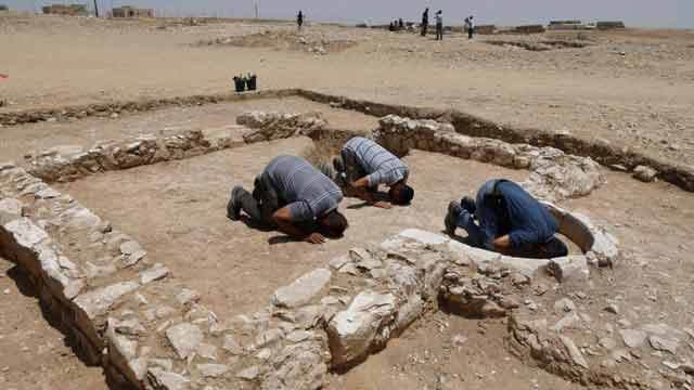 Archaeologists Discover 1200 Year Old Mosque in Israel
