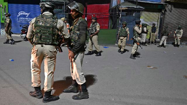 Six People Injured as Protests Break Out in Kashmir