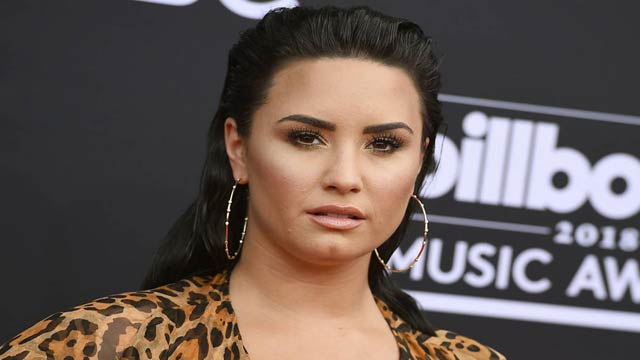 Demi Lovato Returns to Acting, Shares Picture From Sets of Upcoming Season