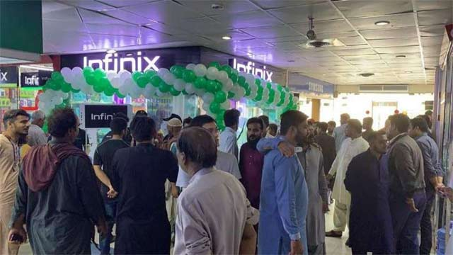 Infinix Inaugurates its First Official Store in Saddar Karachi