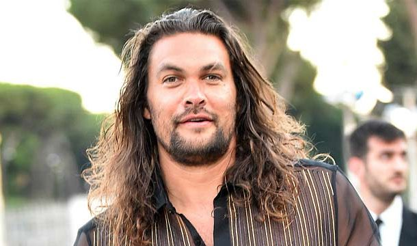 Jason Momoa Stuck in Elevator, Spend Two Hours