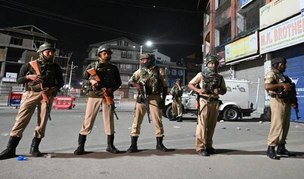 kashmiris Deprived of Basic Needs as Curfew, Enters 16th Day