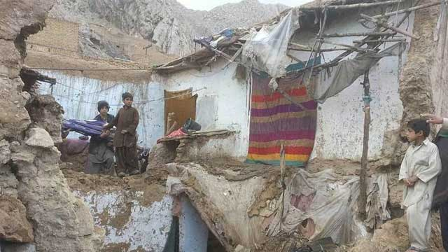 Several Roof Collapse Incident During Rain in DG Khan, Seven Wounded