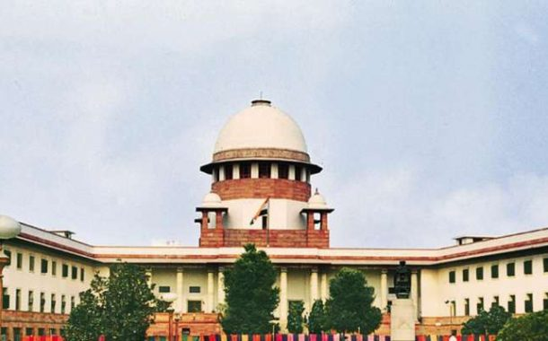 Indian SC Refuses to Pass Order on Restoring Communication Services in Kashmir