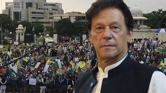 PM Khan Slams World For Not Condemning Indian Brutalities in Kashmir