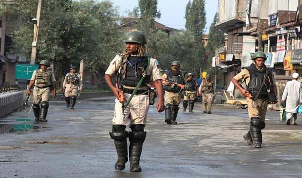 Lockdown Continues in Indian Occupied Kashmir On 28th Day