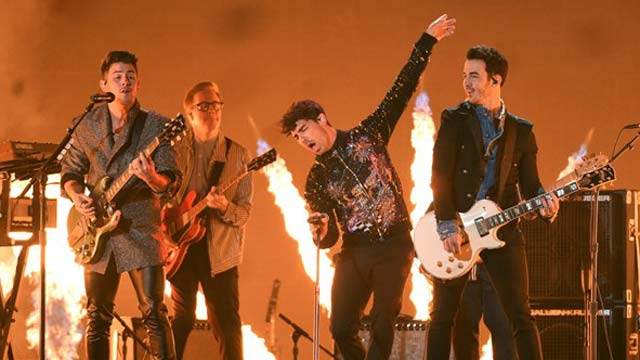 MTV Awards: Jonas Brothers Return to Stage After 11 Years