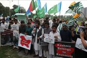 Journalists March Towards LoC Against HR Violations in IOK