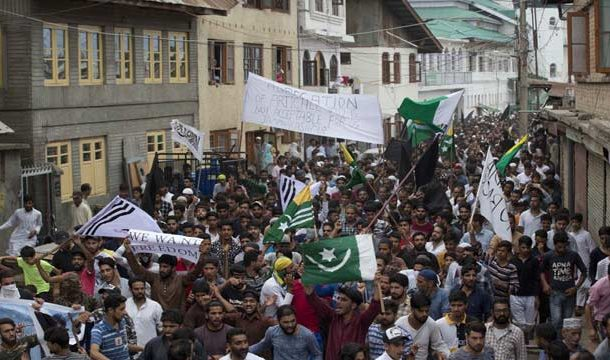 Thousands of Kashmiris Protest Over Loss of Special Status