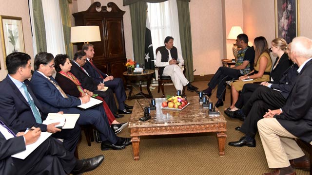 PM Imran, Amnesty Chief Discuss Human Rights Situation in Kashmir