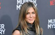 Jennifer Aniston Was 'Ordered To Lose 30lbs' Before Before Starring In Friends