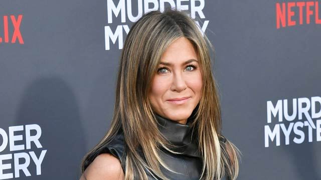 Jennifer Aniston Was 'Ordered To Lose 30lbs' Before Starring In Friends