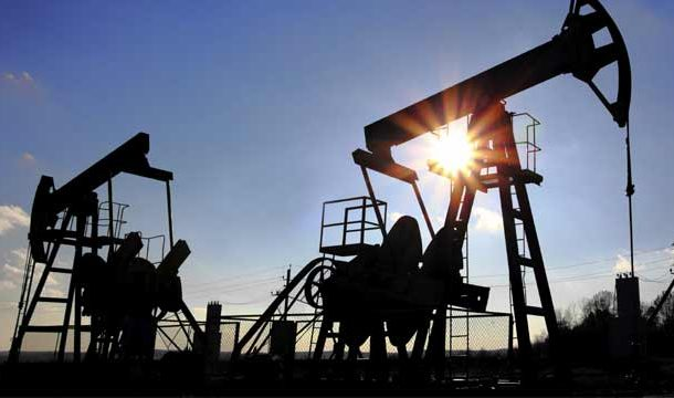 Saudi, Russia Call For Better Compliance with Reduction in Oil Production