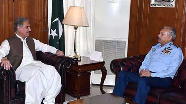 Foreign Minister, Air Chief Discuss Regional Security Situation