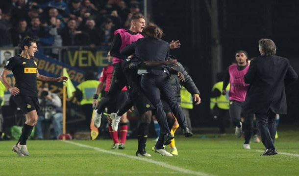 Inter Milan Win 2-1 At Brescia To Move Top Of Serie A
